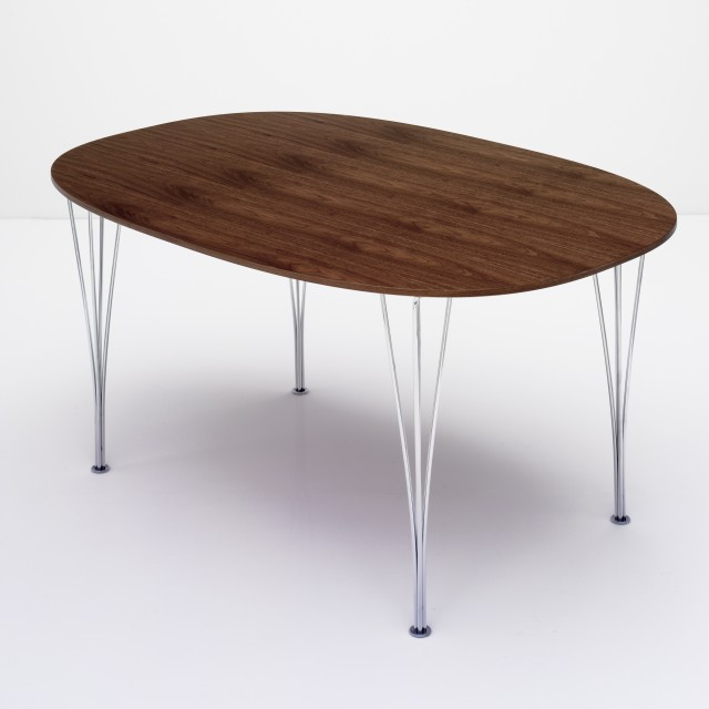 Superellipse table in walnut